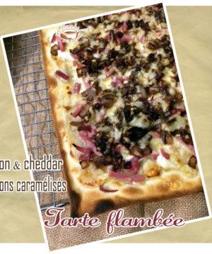 Tarte flambée bacon cheddar oignons